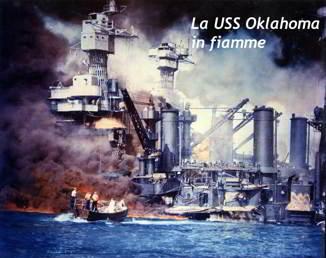 La USS Oklahoma in fiamme