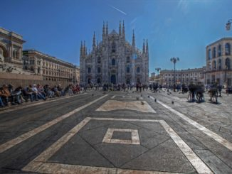 Milano-Piazza-Duomo-326x245 Sotto il Duomo di Milano Magazine Prima Pagina Storia e Cultura Turismo   %Post Title, %Image Name, %Post Category