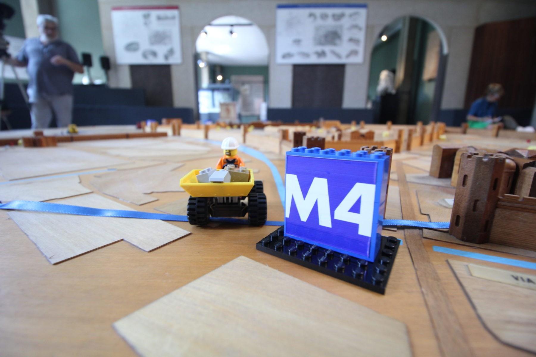 La linea M4 sul plastico del museo archeologico di Milano