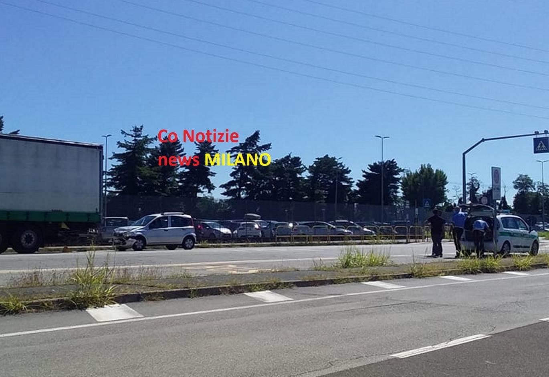 Santo Stefano Ticino - Morto l'80enne schiantatosi contro il tir lungo il viale Borletti 03/09/2020
