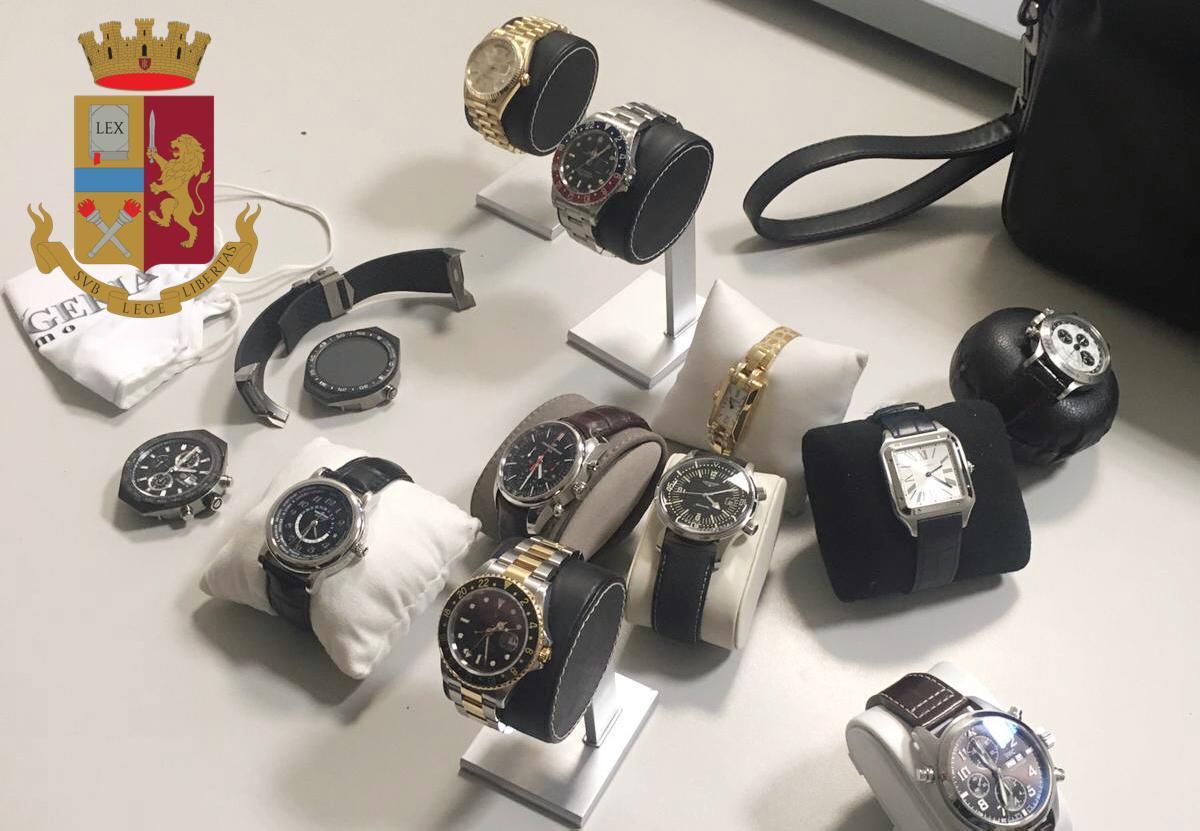 Rapina in Duomo, la refurtiva. 12 orologi preziosi, valore 68mila euro