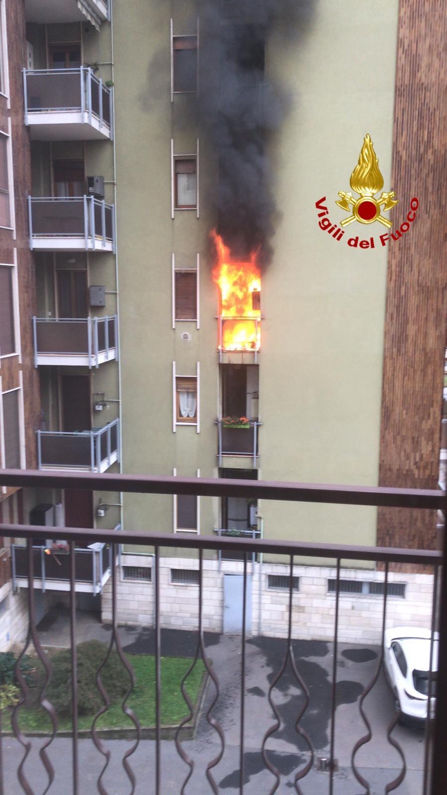 incendio San Donato Milanese - Incendio a San Donato Milanese (le foto) 05/10/2020