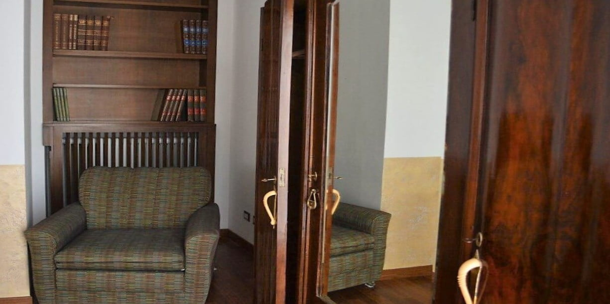 particolare di una delle camere del B&B La Scala di Rho, a 2 passi da Milano
