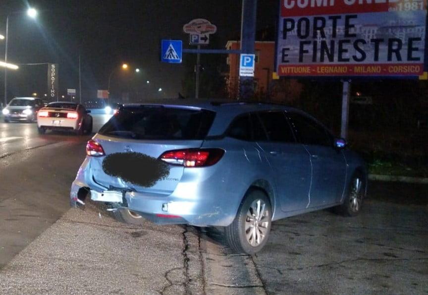 Vittuone - Scontro tra auto lungo la ex statale 11 al confine tra Corbetta e Vittuone 13/12/2020