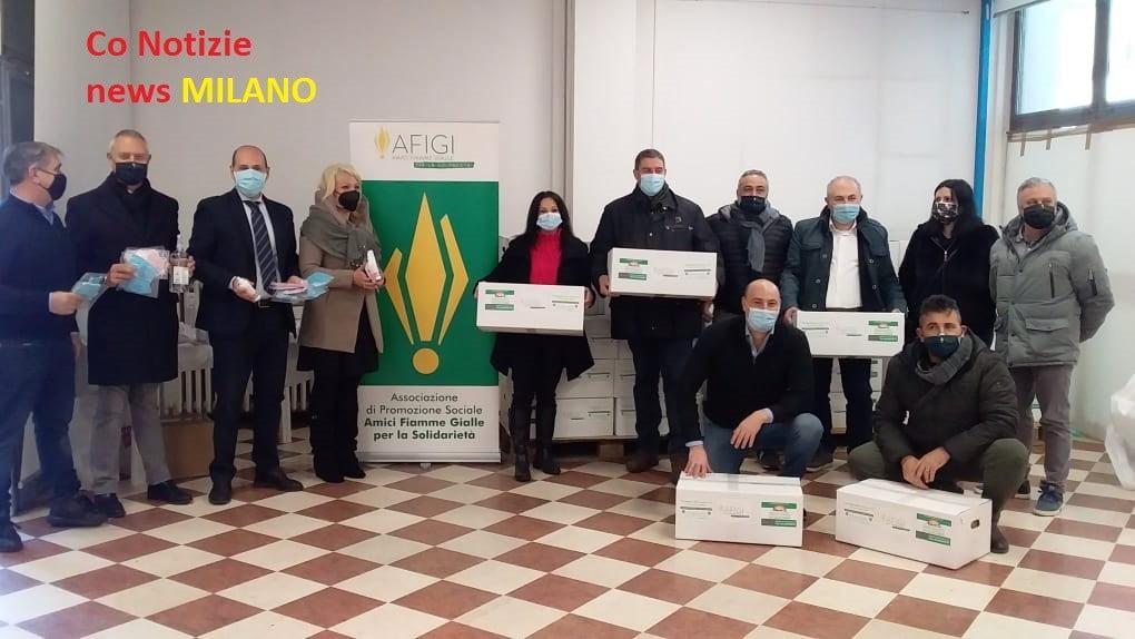 """Corbetta - Fermi per Covid? No! Afigi, """"La farmacia del Corso"""" e Farm-Crai donano 120 pacchi alimentari e generi igienizzanti. A Corbetta 19/12/2020"""