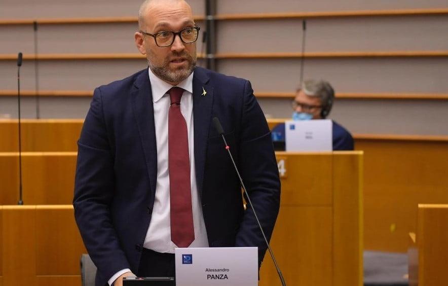 Alessandro Panza sulla sospensione dei treni fra Italia e Svizzera