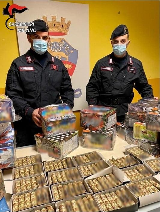 Rozzano - Arsenale di botti per vendita illegale a Rozzano. Denunciato un 33enne 13/12/2020
