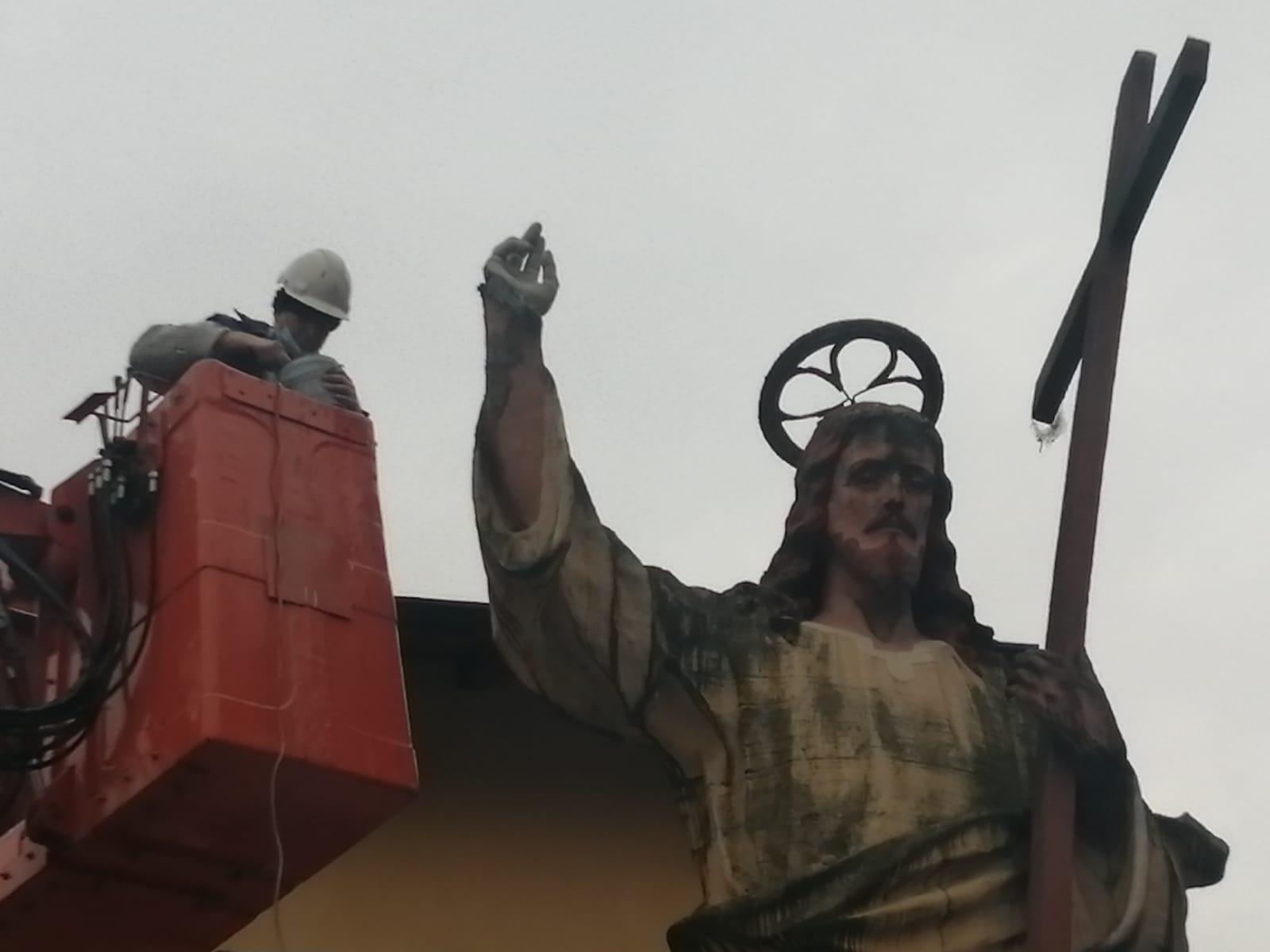 cristun de cement Corvetto - El Cristun de cement ha riavuto la sua mano dopo 10 anni 12/12/2020