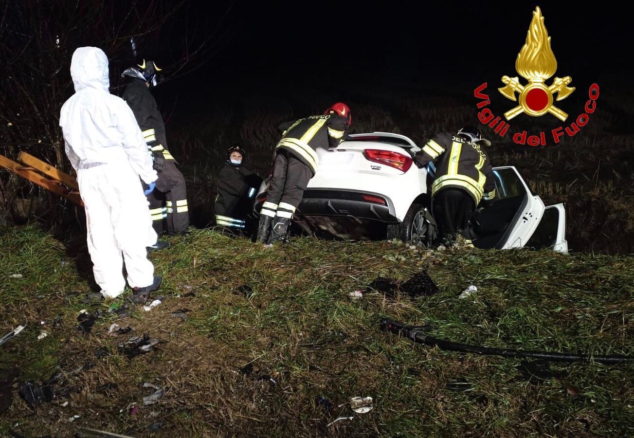 incidente Zibido San Giacomo - Schianto fatale: muore in un incidente un 24enne di Lacchiarella, a Zibido San Giacomo 26/05/2021