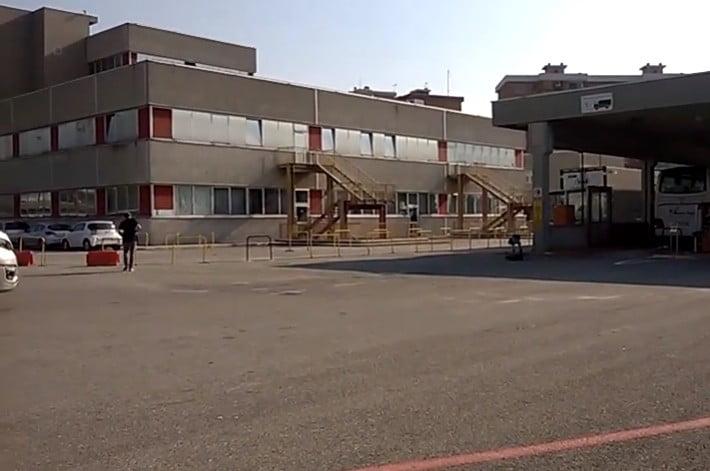 motorizzazione Molino Dorino - Grave guaio alla Motorizzazione civile a Milano. Non possono più stampare le modifiche ai libretti delle auto 02/02/2021